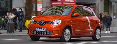 Probamos el Renault Twingo Electric: un coche eléctrico vivo y ágil en ciudad pero nervioso en carretera