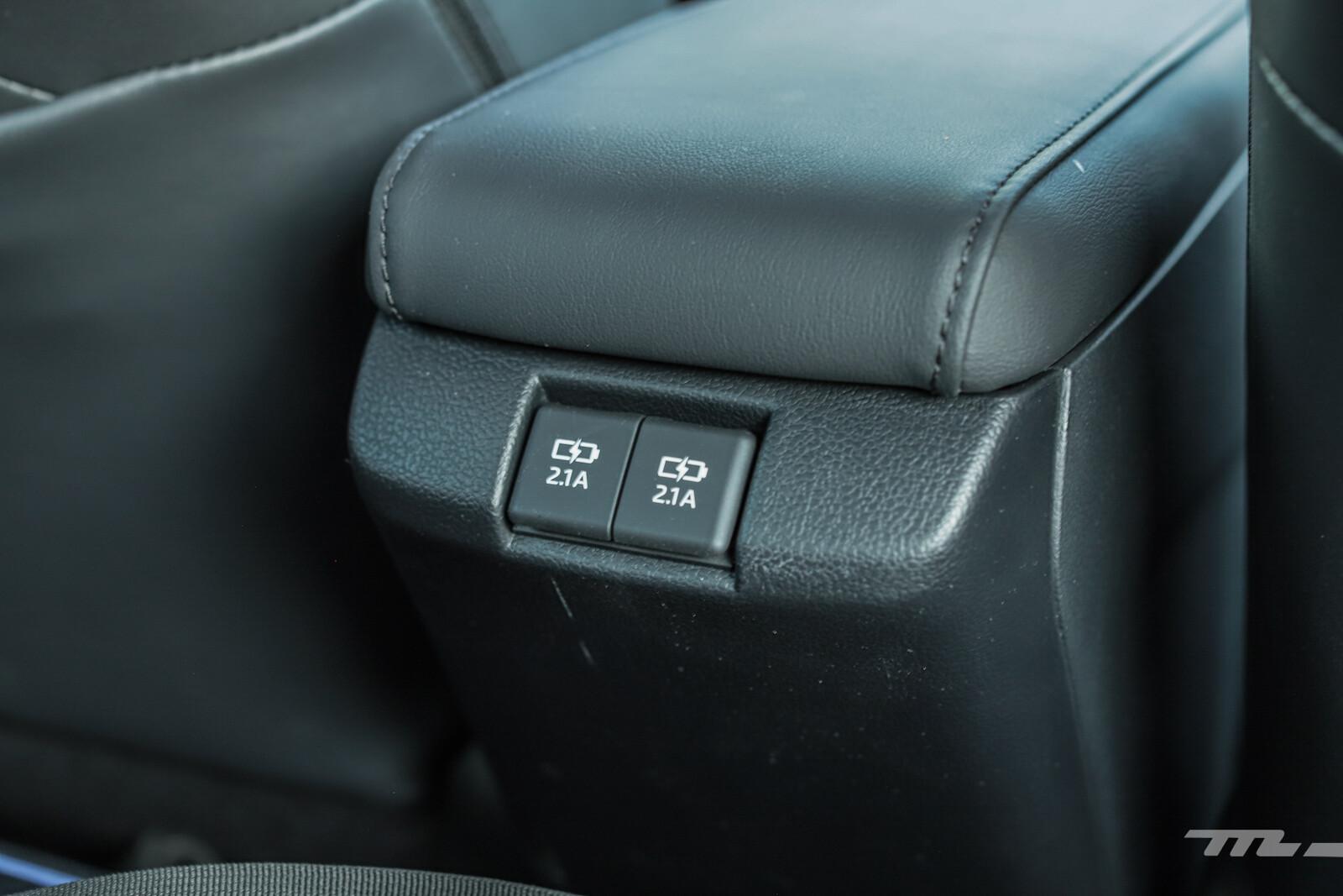 Foto de Toyota Prius 2021 (27/29)
