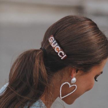Clonados y pillados: la famosa horquilla de Gucci ahora se traslada a Bershka
