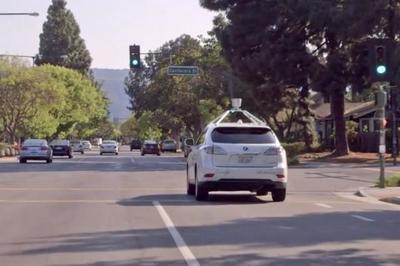 El coche autónomo de Google se actualiza siendo capaz de detectar cientos de objetos a la vez