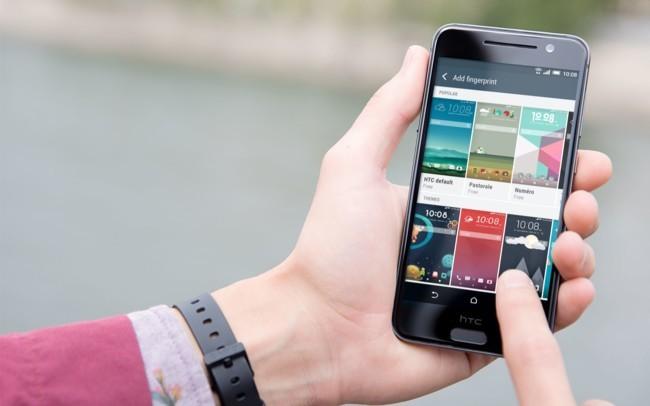 Tras medio año cayendo, llega un octubre esperanzador para HTC