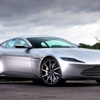 A subasta el Aston Martin DB10 de James Bond