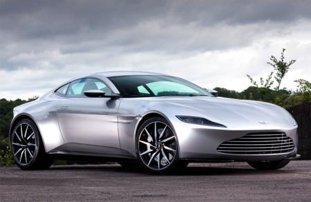 A subasta el Aston Martin DB10 de James Bond