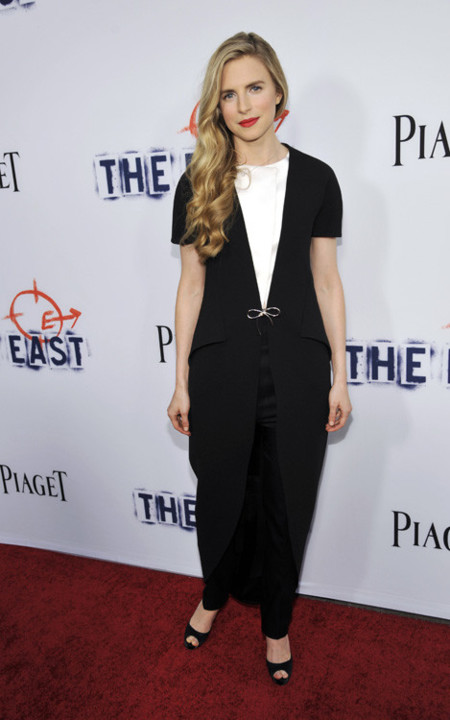 Brit Marling look semana