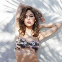 Ursula Corberó nos enseña los bikinis más divertidos de Calzedonia