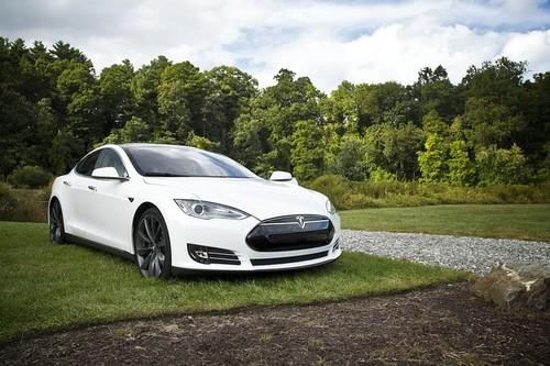 Los coches convencionales no desaparecerán de un plumazo aunque Tesla haga caer el costo de las baterías