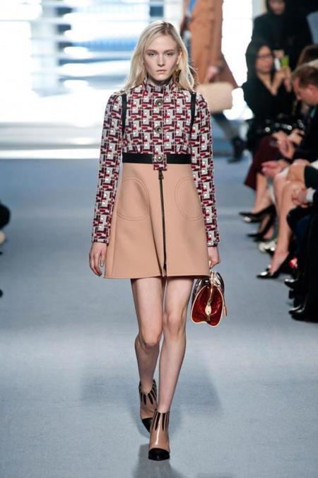 Clonados y pillados: Louis Vuitton y su falda, en el punto de mira de Mango