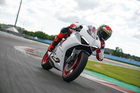 Ducati Panigale V2 White Rosso 2020 2