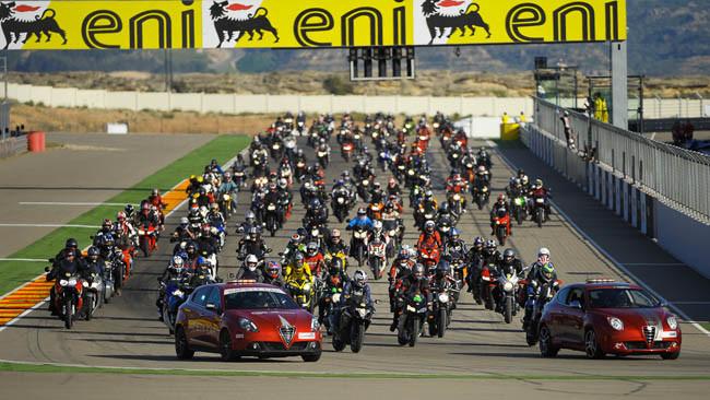 SBK Motorland Aragón 2013, vuelta del público