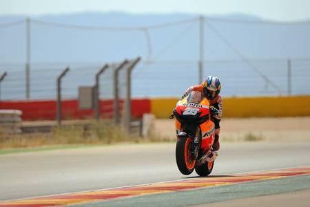 Dani Pedrosa a ritmo de récord en el primer día de test en Motorland