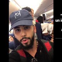 Quién es Adam Saleh, el youtuber expulsado de un avión comercial por, según él, hablar en árabe