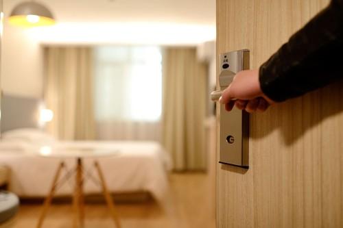 """Internet está lleno de trucos para solucionar los """"fallos"""" de tu habitación de hotel"""