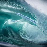 'Waves', cuando las olas del océano se convierten en obras de arte gracias a la mirada de Warren Keelan