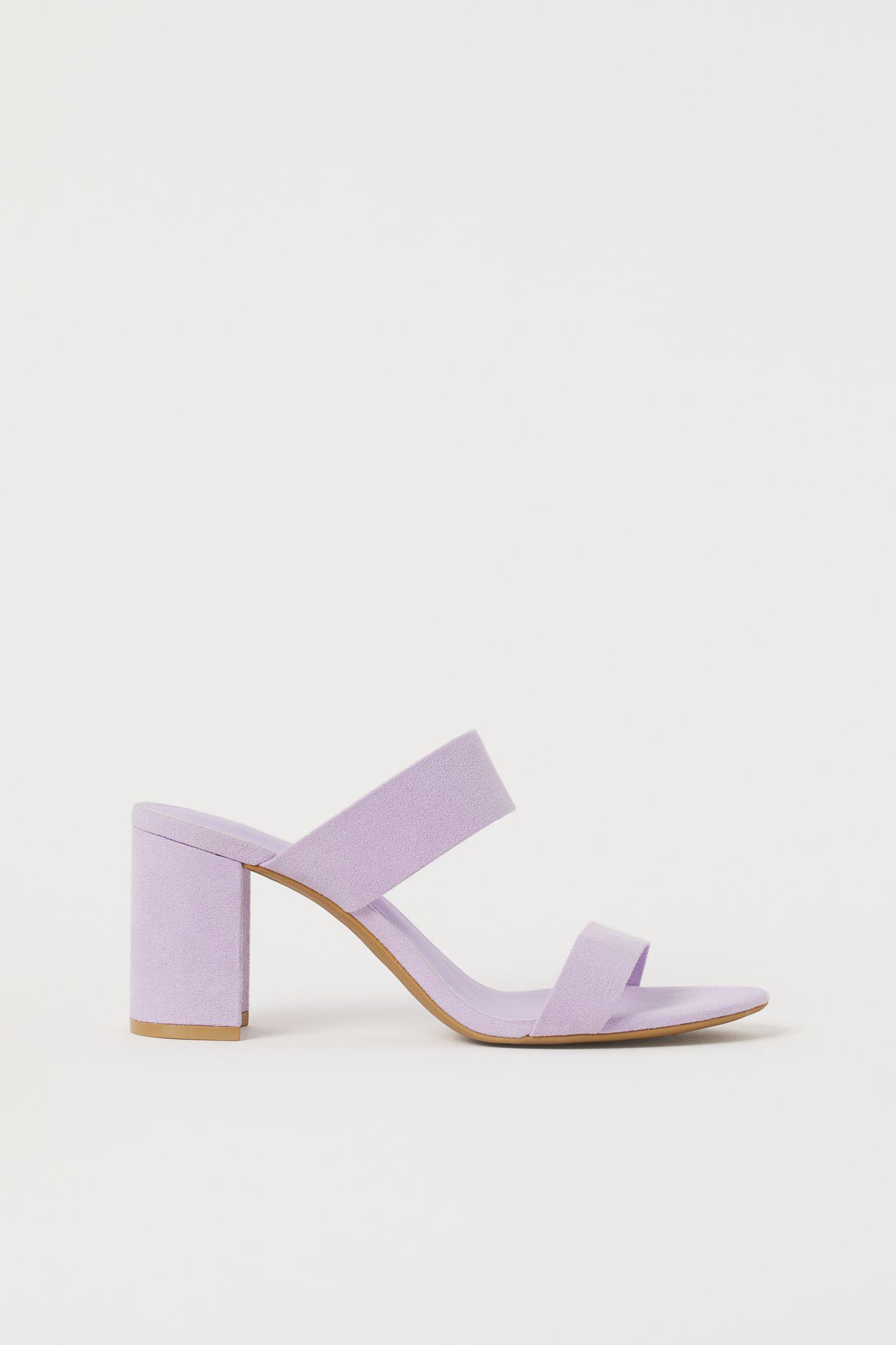Sandalias con tacón grueso lila