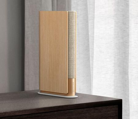 El Beoplay Emerge de Bang & Olufsen no es lo que parece: es un trampantojo de un libro que esconde un altavoz