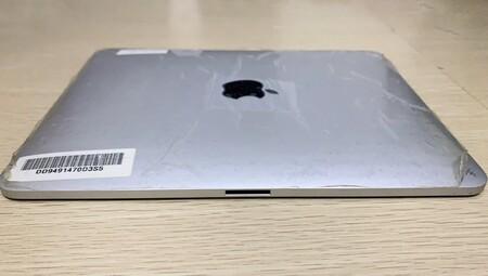 Un prototipo del iPad original muestra como Apple consideró un doble conector para el uso horizontal