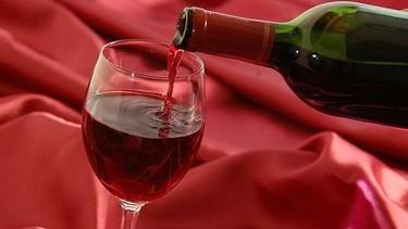 Degustar vino, el arte de distinguir sus cualidades antes de descubrir sus placeres