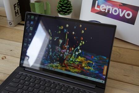 Lenovo Yoga Slim 7 Review Xataka Espanol Pantalla Reflejos