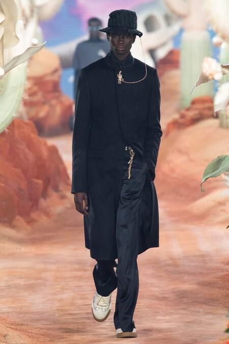 Dior Men Summer 2022 Runway Looks 1