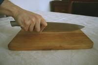 Viajando por el mundo a través de los cuchillos que cortan, filetean y pinchan (y II)
