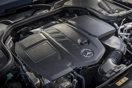 Mercedes Benz Clase E 2020 Prueba Contacto 070