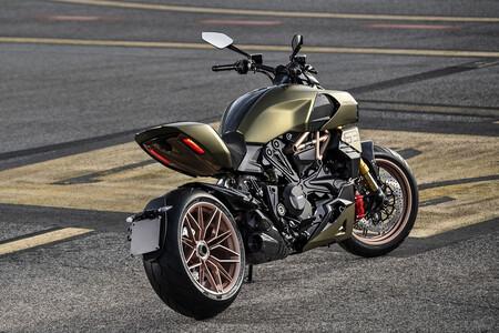 Ducati Diavel 1260 Lamborghini 2021 2