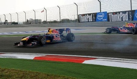 Accidente de Mark Webber y Sebastian Vettel en el GP de Turquía 2010