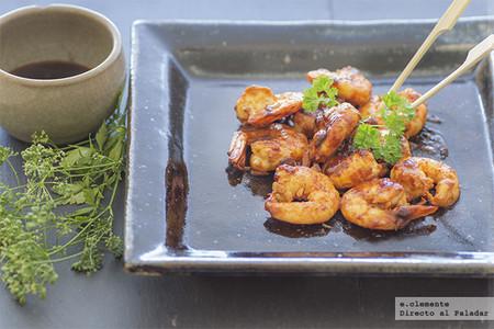 Gambones salteados con especias: receta para darle un sabor especial al aperitivo