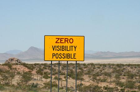 Hacer para ser visible y no ser visible para luego pensar qué hacer