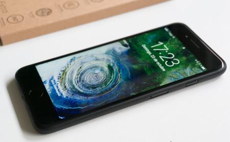 Cómo dictar mensajes y textos en el iPhone: trucos y funciones ocultas que no conocías