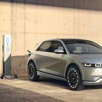 Hyundai alardea del IONIQ 5 y asegura que no va a por los coches eléctricos de Tesla, sino a por los motores de combustión