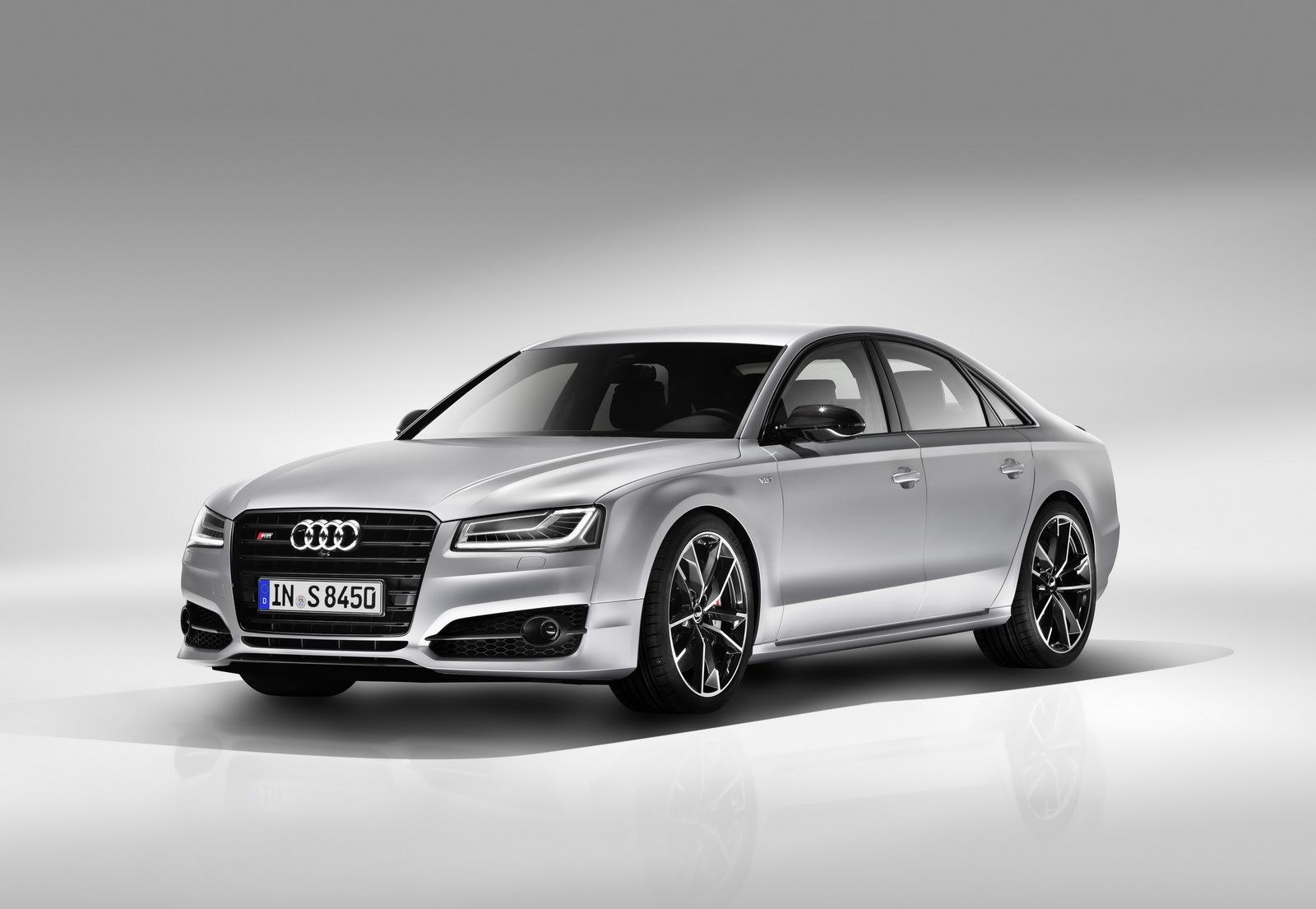 Audi S8 Plus 9 23