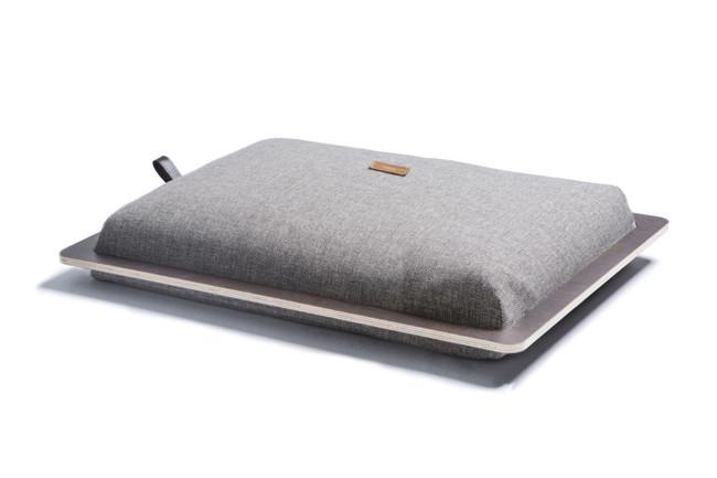 Hanniko Design Customize Aaren Dog Bed Wood Grey 1200x800