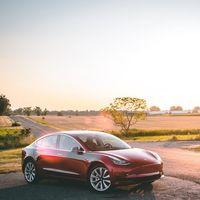 El Tesla Model 3 da la sorpresa y ya vende más que el Kuga, el Duster, el Qashqai o el Captur en Europa