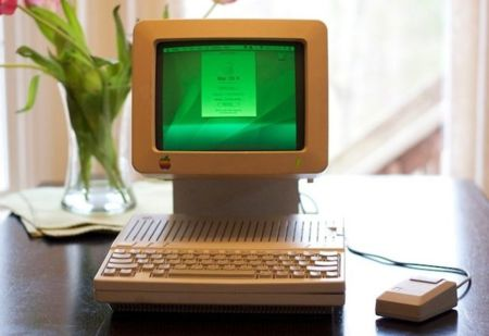 Un Apple IIc adaptado a los tiempos modernos