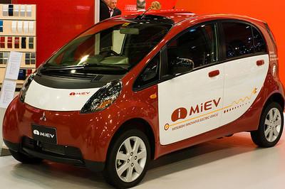 590 millones de euros para subvencionar los coches eléctricos
