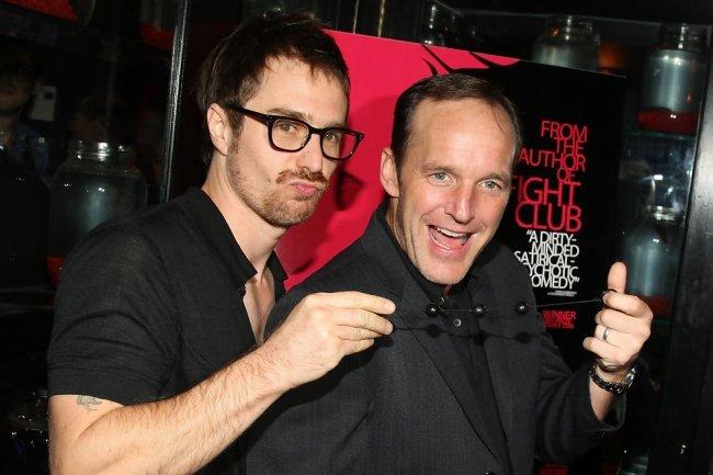 Sam Rockwell y Clark Gregg bromean en el estreno de Asfixia