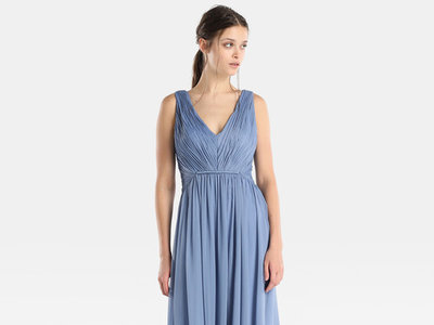 Ya puedes lucir un Vera Wang sin arruinarte: así son los cinco vestidos de invitada de la cápsula con Tintoretto