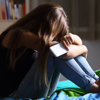 El 'sexting' aumenta la actividad sexual entre los adolescentes y se asocia a mayor riesgo de depresión y ansiedad