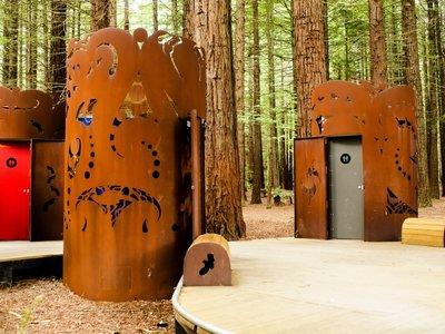 ¿Turismo diferente? Puedes visitar los váteres más originales del mundo
