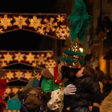Cabalgata Reyes Magos 2020: las 13 mejores cabalgatas de España para disfrutar con los niños