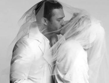 Lady Gaga y su boda (de palo) con Taylor Kinney