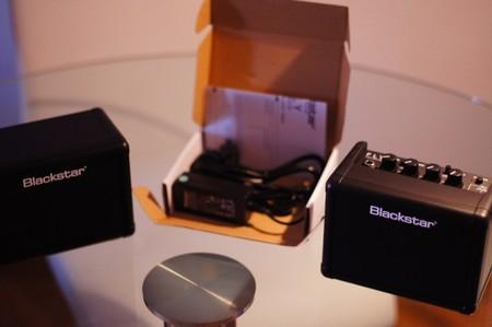 Contenido de la caja del Blackstar Fly Pack
