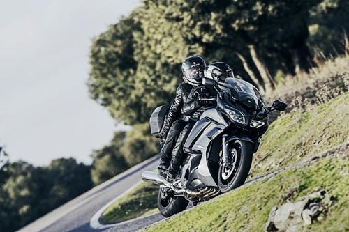 Yamaha FJR 1300, rendimiento deportivo para trayectos largos