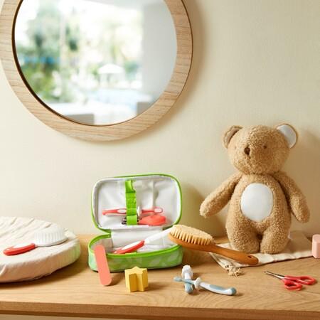 Baby Grooming Set 7 Piece Gbp5 Eur6 7 Pln26 Baby Bamboo Hair Brush Gbp2 Eur2 50 3 Pln11 Baby Toothbrush Set Gbp1 50 Eur2 2 50 Pln9 Baby Classic Brown Bear Plush Toy Gbp3 50 Eur4 4 50 Pln17