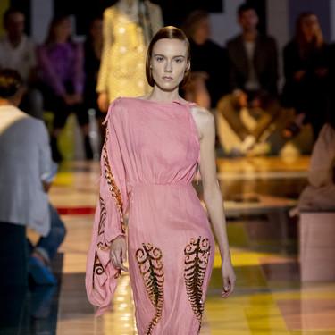 La elegancia de los años 40 sube a la pasarela con Prada y su colección primavera-verano 2020
