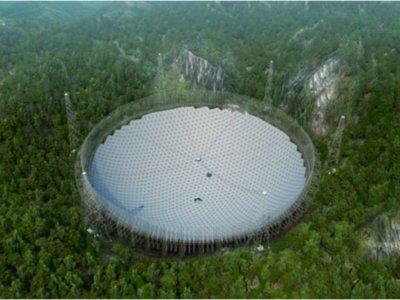 China está construyendo el mayor telescopio del mundo para 'cazar aliens'