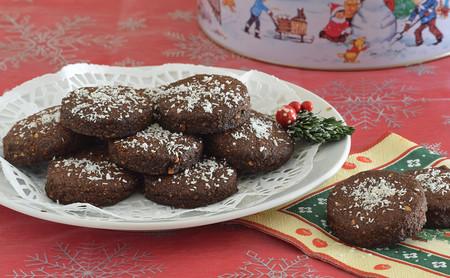 Cómo hacer polvorones veganos de chocolate: la receta más saludable del tradicional dulce navideño