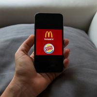 Burger King vs McDonalds en el teléfono móvil: dos apps útiles pero un claro vencedor