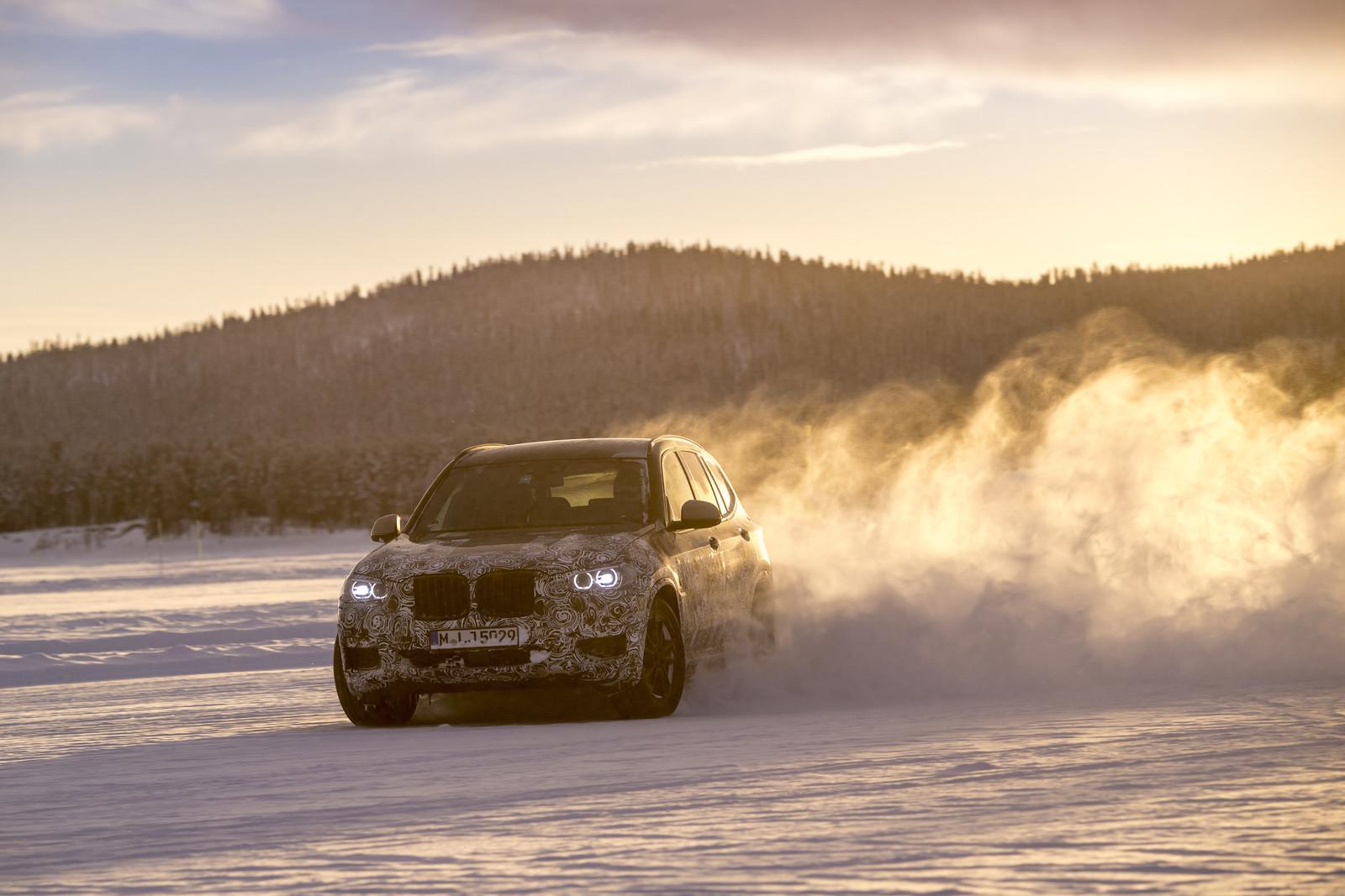 Foto de BMW X3 2018 camuflaje (7/16)